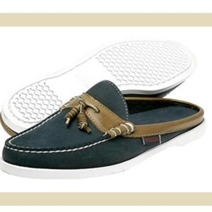 ✨SEBAGO DOCKSIDES SLIP ON LOAFERS✨ size 8.5✨